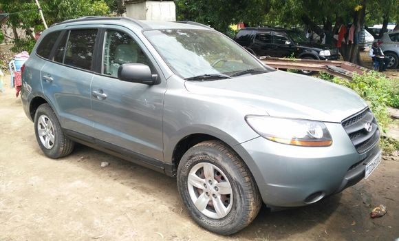 Voiture à vendre Hyundai Santa Fe Gris - Kinshasa - Kalamu