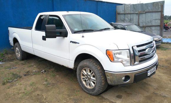Voiture à vendre Ford F-150 Blanc - Kinshasa - Kalamu