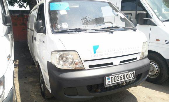 Voiture à vendre Kia Pregio Blanc - Kinshasa - Kalamu