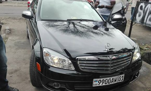 Voiture à vendre Mercedes Benz KOMPRESSOR Noir - Kinshasa - Bandalungwa