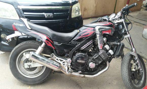 Moto à vendre Yamaha FJ 1200 Noir - Kinshasa - Bandalungwa