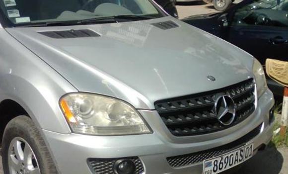 Voiture à vendre Mercedes Benz ML-Class Autre - Kinshasa - Bandalungwa
