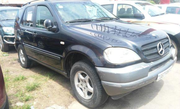 Voiture à vendre Mercedes Benz ML-Class Bleu - Kinshasa - Kasa Vubu