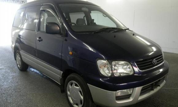 Voiture à vendre Toyota Noah Bleu - Kinshasa - Kinshasa