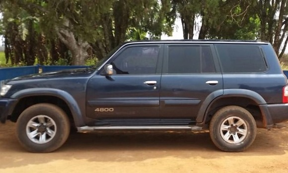 Voiture à vendre Nissan Patrol Bleu - Kinshasa - Gombe