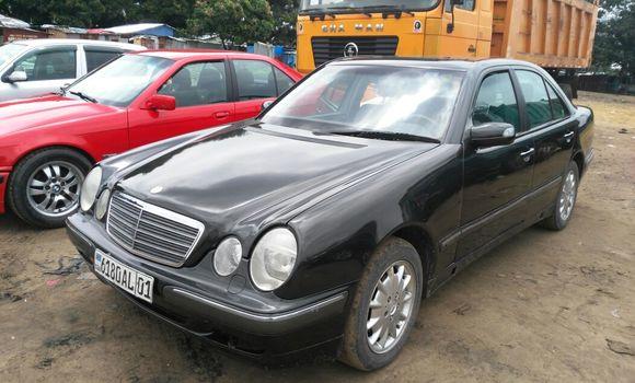 Voiture à vendre Mercedes Benz E-Class Autre - Kinshasa - Kalamu