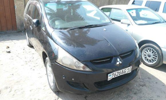 Voiture à vendre Mitsubishi Grandis Noir - Kinshasa - Barumbu