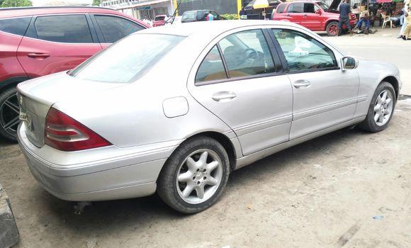 Voiture à vendre Mercedes Benz C-Class Gris - Kinshasa - Bandalungwa