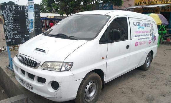 Utilitaire à vendre Hyundai H100 Blanc - Kinshasa - Ndjili