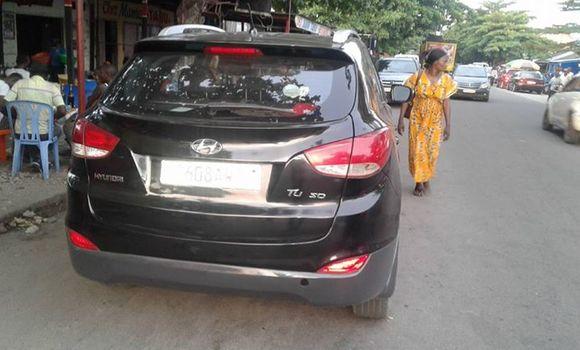 Voiture à vendre Hyundai Santa Fe Noir - Kinshasa - Bandalungwa
