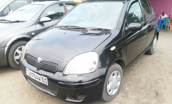 Voiture à vendre Toyota Vitz Noir - Kinshasa - Ndjili