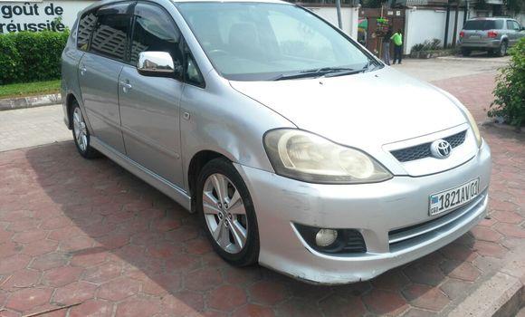Voiture à vendre Toyota Ipsum Gris - Kinshasa - Gombe