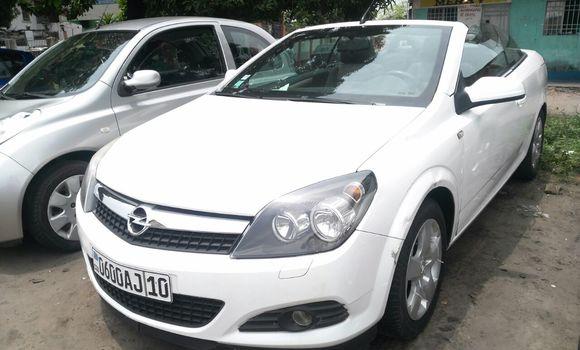 Voiture à vendre Opel Astra Blanc - Kinshasa - Lemba