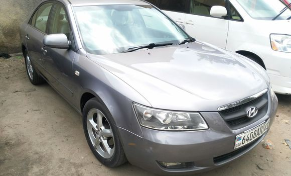 Voiture à vendre Hyundai Sonata Gris - Kinshasa - Bandalungwa