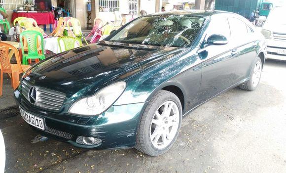 Voiture à vendre Mercedes Benz CLS-Class Vert - Kinshasa - Bandalungwa