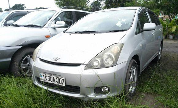 Voiture à vendre Toyota Wish Gris - Kinshasa - Limete