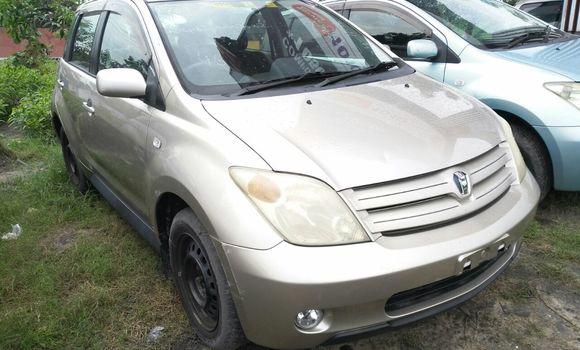 Voiture à vendre Toyota IST Autre - Kinshasa - Limete