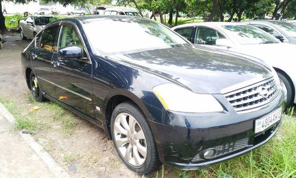 Voiture à vendre Nissan Fuga Bleu - Kinshasa - Limete