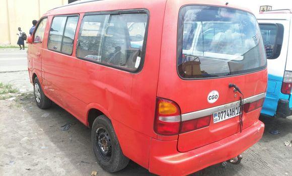 Voiture à vendre Kia Pregio Rouge - Kinshasa - Kasa Vubu