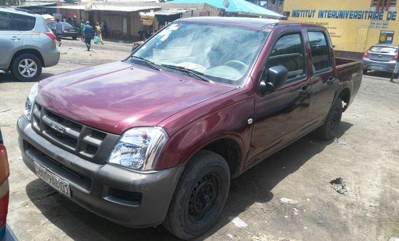 Voiture à vendre Isuzu D-MAX Rouge - Kinshasa - Kasa Vubu