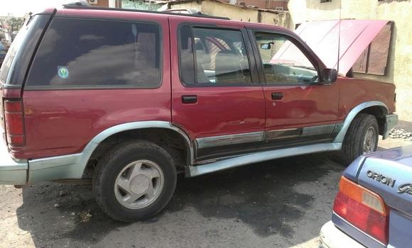 Voiture à vendre Ford Explorer Rouge - Kinshasa - Ngaliema