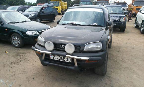 Voiture à vendre Toyota RAV4 Noir - Kinshasa - Kalamu