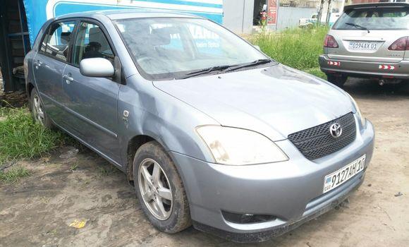 Voiture à vendre Toyota Corolla Bleu - Kinshasa - Limete