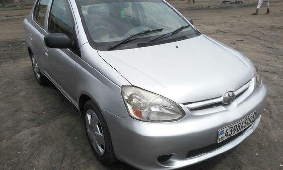 Voiture à vendre Toyota Platz Gris - Kinshasa - Kasa Vubu