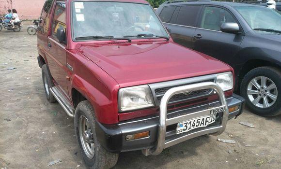 Voiture à vendre Daihatsu Bego Rouge - Kinshasa - Kasa Vubu