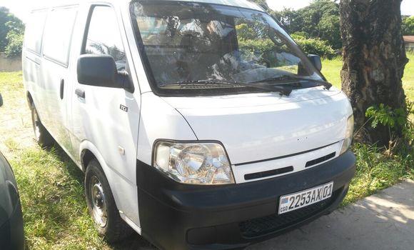 Voiture à vendre Kia Pregio Blanc - Kinshasa - Ngaliema