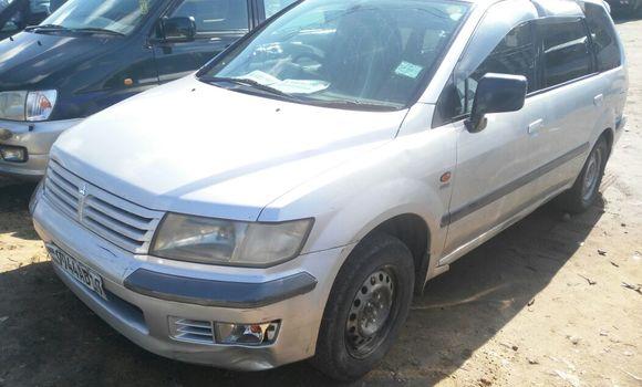 Voiture à vendre Mitsubishi Chariot Gris - Kinshasa - Ngaliema