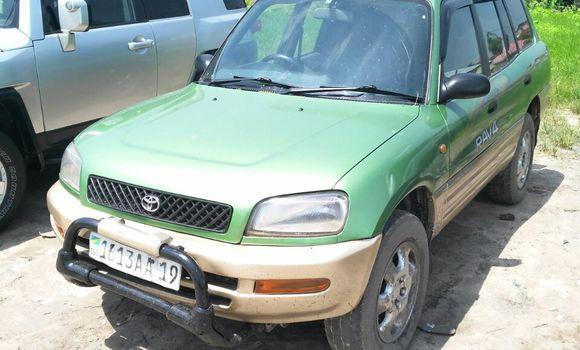 Voiture à vendre Toyota RAV4 Vert - Kinshasa - Limete