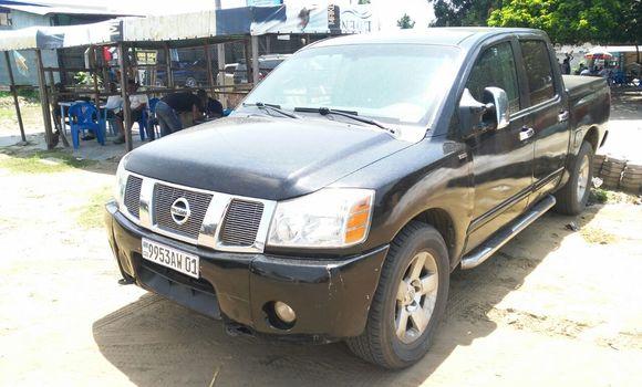 Voiture à vendre Nissan Tiida Noir - Kinshasa - Kalamu