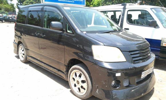 Voiture à vendre Toyota Noah Noir - Kinshasa - Limete