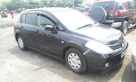 Voiture à vendre Nissan Tiida Noir - Kinshasa - Kinshasa