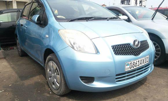 Voiture à vendre Toyota Vitz Bleu - Kinshasa - Kinshasa