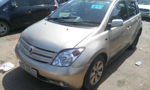 Voiture à vendre Toyota IST Autre - Kinshasa - Kalamu