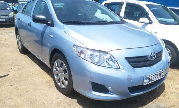 Voiture à vendre Toyota Corolla Bleu - Kinshasa - Kalamu
