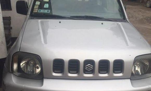 Voiture à vendre Suzuki Jimny Gris - Kinshasa - Bandalungwa