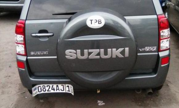 Voiture à vendre Suzuki Grand Vitara Gris - Kinshasa - Bandalungwa